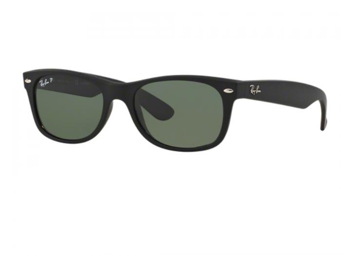 Ray-Ban New Wayfarer In Rubber Black With Crystal Green Lenses RB2132 622-58